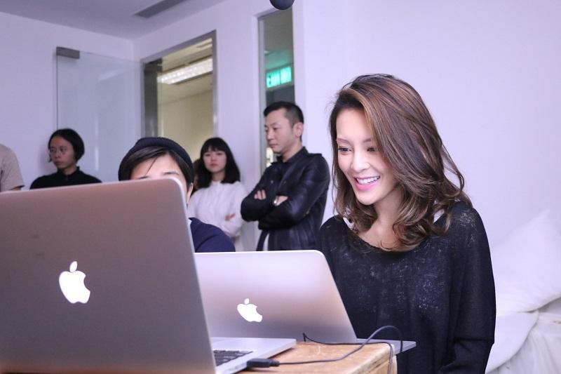 reward-U獎賞計劃的會員以及U-Fly Pass的訂閱用戶張曦雯 (Kelly) 與HK Express粉絲獨家分享旅行秘笈